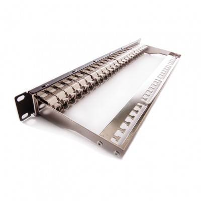 Patch panel, Cat.6A, 24xRJ45/s, crni, popunjen